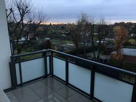Erstbezug nach Sanierung mit Balkon: günstige 2-Zimmer-Wohnung in Peine