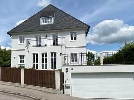 Neuwertige 8-Zimmer-Villa für die große Familie in Freising,