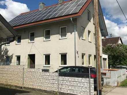Bauernhaus mit Scheune & Ladenoption