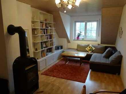 Gepflegte, ruhige 2-Zimmer-Dachgeschosswohnung in Neuburg/Hhm.