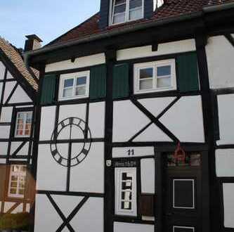 Wunderschönes komplett saniertes Fachwerkhaus in Toplage