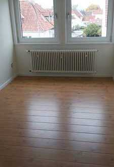 Helle, geräumige 4-Zimmer Wohnung