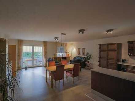 740 €, 92 m², 2 Zimmer