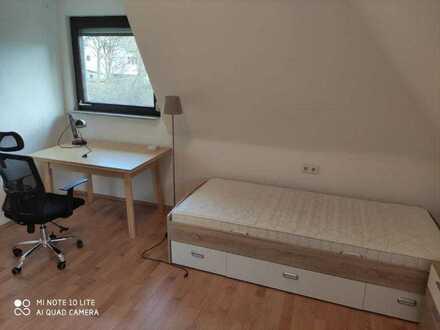 Quartal 3/2021: Zimmer in 3er WG in Ravensburg 390.- warm möbliert DGR3