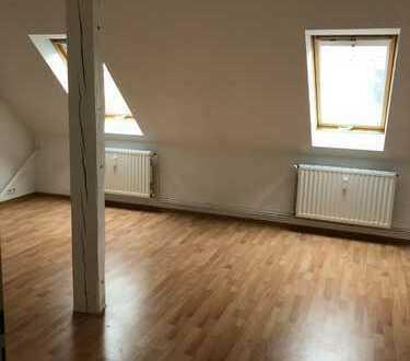 Neuwertige 2-Zimmer-Wohnung mit Einbauküche in Braunschweig