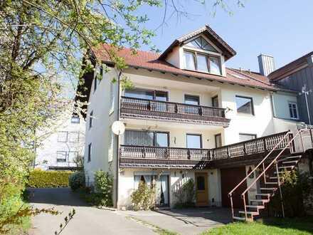 Solides Haus - mit umfangreichen Nebengebäuden und ELW