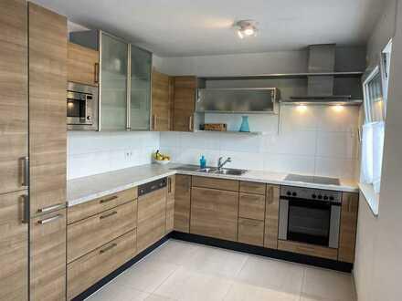 neu modernisierte 3 Zi-Wohnung mit großer Terrasse