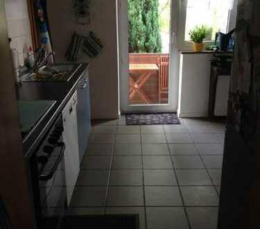 3 Zimmerwohnung mit großer Küche + Balkon - nähe FH