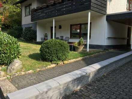 Gepflegte 2-Zimmer-EG-Wohnung mit Balkon und EBK in Herdorf