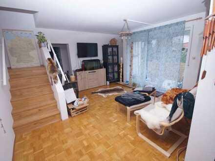 Schöne und helle 3,5-Zimmer Maisonettewohnung mit 2 Autostellplätzen zu verkaufen!