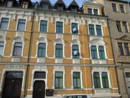 günstige 4 - Zimmer - Wohnung - in Zentrumsnähe- Böhlerstr.49