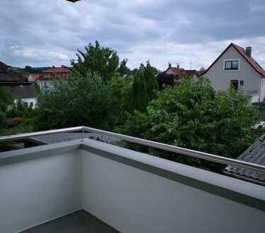 Vollständig renovierte 3-Zimmer-Wohnung mit Balkon und EBK in Rimbach