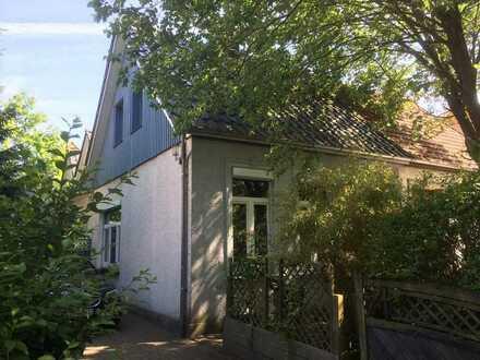 Gemütliche Doppelhaushälfte mit Charakter in Uninähe