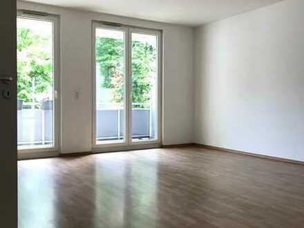 Große 4-Zimmer-Wohnung mit Balkon im Grünen