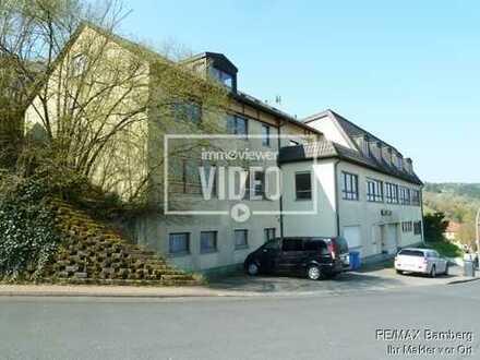 RE/MAX Bamberg: Mehrfamilienhaus mit großer Gewerbeeinheit, gesamt 1050 m² Wohn- / Nutzfläche