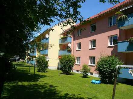 schöne, zentral gelegene 3-Zimmerwohnung mit Balkon