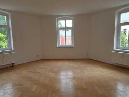 Schöne drei Zimmer Wohnung am Stadtpark! Erstbezug nach Sanierung!