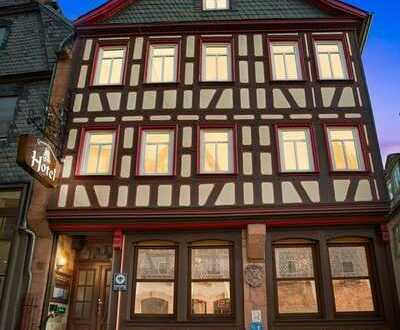 **Traditionshaus Grimmelshausen Hotel in der Barbarossastadt Gelnhausen**