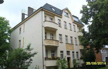 Großzügig und charmantes 2,5-Zimmer Dachgeschoss im Altberliner Stadthaus