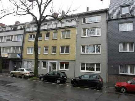 Top Lage in Meiderich! Geräumige 1 Zimmer Wohnung mit Balkon im Dachgeschoss!