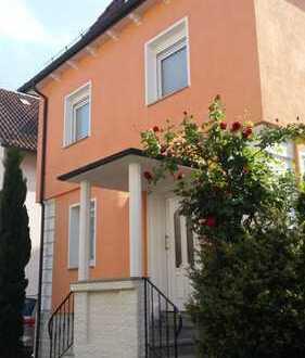Freistehendes Haus in zentraler Lage, Fellbach