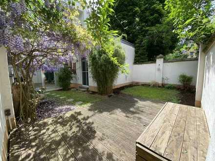 Juwel-Nippes-Ruhiglage! Moderner Altbau: Garten, 5/6 Zimmer, 3 Bäder! WG geeignet!