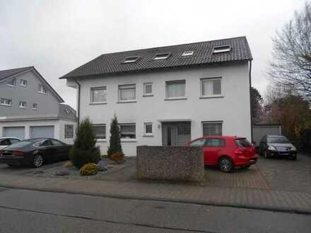 4-Zimmer ETW im DG in 3-Fam.-Haus in Eggenstein-L.