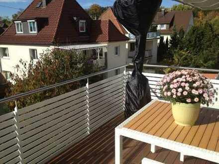 Helle 3-Zimmer-Maisonette-Wohnung mit Balkon