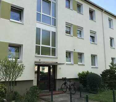 Ansprechende 3-Zimmer-Erdgeschosswohnung mit Balkon und EBK in Bremen