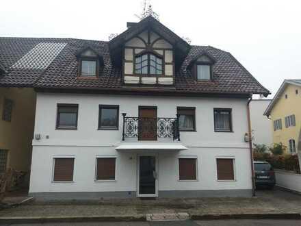 Ebersberg , gemütliches WG Zimmer mit neuen Bädern und Einbauküche und Terrasse !
