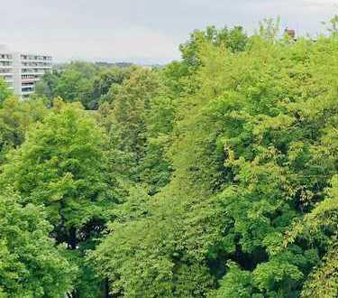 - Gelegenheit, renovierungsbedürftige 4 Zimmer WHG mit wunderbarem Ausblick -