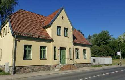 2 Raum Wohnung Altbau in der Altstad von Burg Stargard