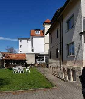 Zentrumsnahe 4-Zimmer Wohnung mit herrlicher Terrasse zu vermieten
