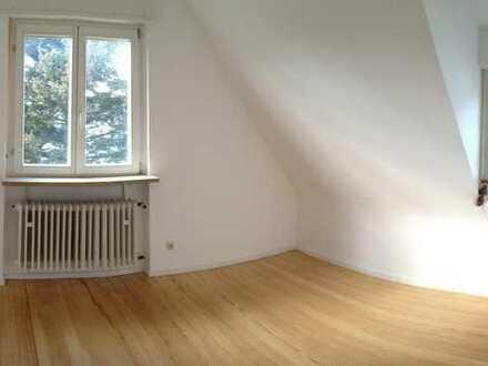 Zimmer in Frauen-WG / Studenten Zimmer / Karlsruhe Durlach