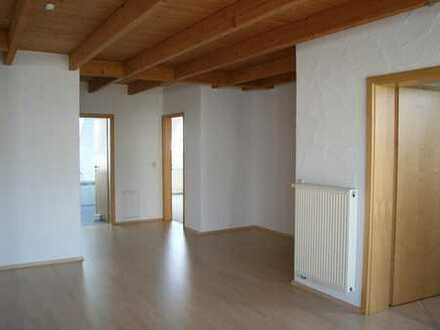 Ruhige, schöne, helle 4-Zi-Wohnung am Feldrand in Herrenberg-Haslach