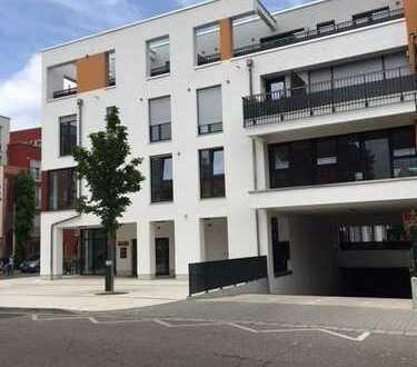 Schöne 3 Zimmer Wohnung mit Dachterrasse zu vermieten