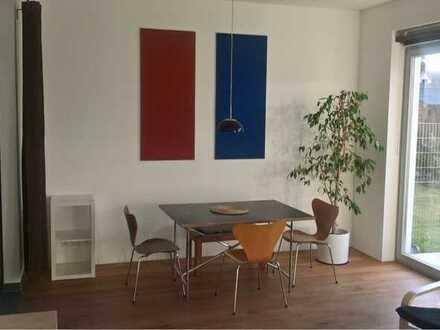 1-Zimmer-Appartment mit Garten, separater Zugang, 2 Min. ÖPNV, 10 Min. KA Zentrum, 10 Min. Bahnhof.