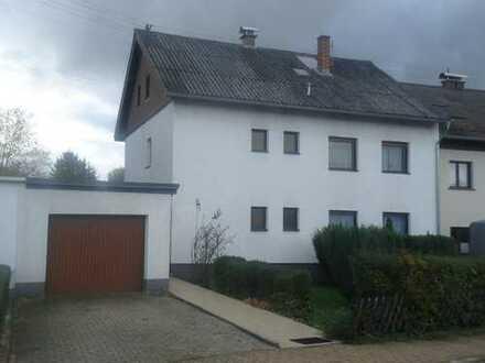 Ruhig gelegenes 2 FH in schöner Wohnlage in Illingen
