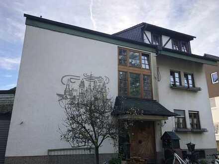 Schönes freistehendes Mehrfamilienhaus in Speyer, Speyer Nord