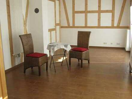 Neuwertige 2-Zimmer-Erdgeschosswohnung in Höchst/Hassenroth im Odenwald - Hassenroth