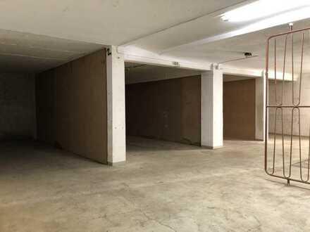 Gewerbefläche als Lager/Büro inkl. Garage in begehrter Lage