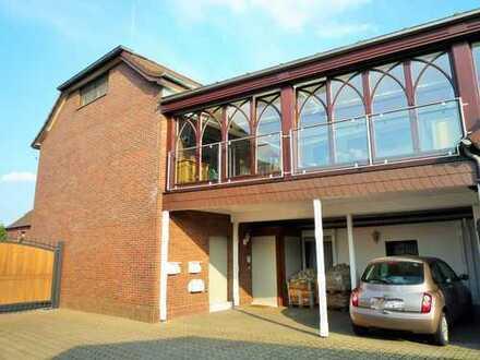 ***Wegberg-Arsbeck, attraktives Haus-im-Haus-Konzept + eigener Eingang + 4 Zi. + Wintergarten!***