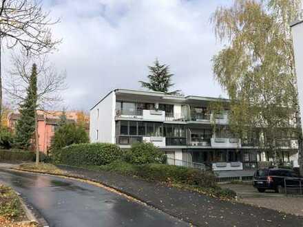 moderne 3 Zimmerwohnung mit großer Terrasse und EBK in Bonn-Ippendorf