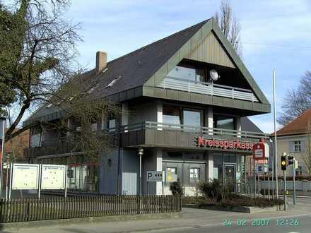 Helle 4ZKB zentral in Gesserthausen mit EBK, Balkon, Doppelbad, großem Wohnzimmer