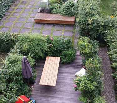 Schöne fünf Zimmer Wohnung mit Garten in Hamburg, Hoheluft-Ost