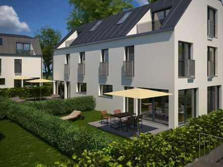 Ruhe und Entspannung für die ganze Familie: Modernste Doppelhaushälfte mit großem Garten