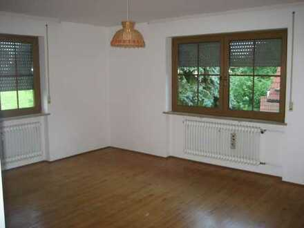 Helle, sonnige 3,5-Zimmer mit Südbalkon und Garten