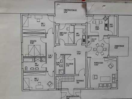 Günstige 5-Zimmer-Wohnung mit 2 Terassen in Wiehl