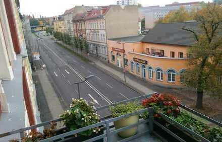Bild_WG-Zimmer mit Balkon in Top-Lage