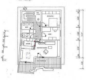 Renovierte 3,5-Zimmer-Penthouse-Wohnung mit Balkon, EBK und Blick über die Dächer der Stadt